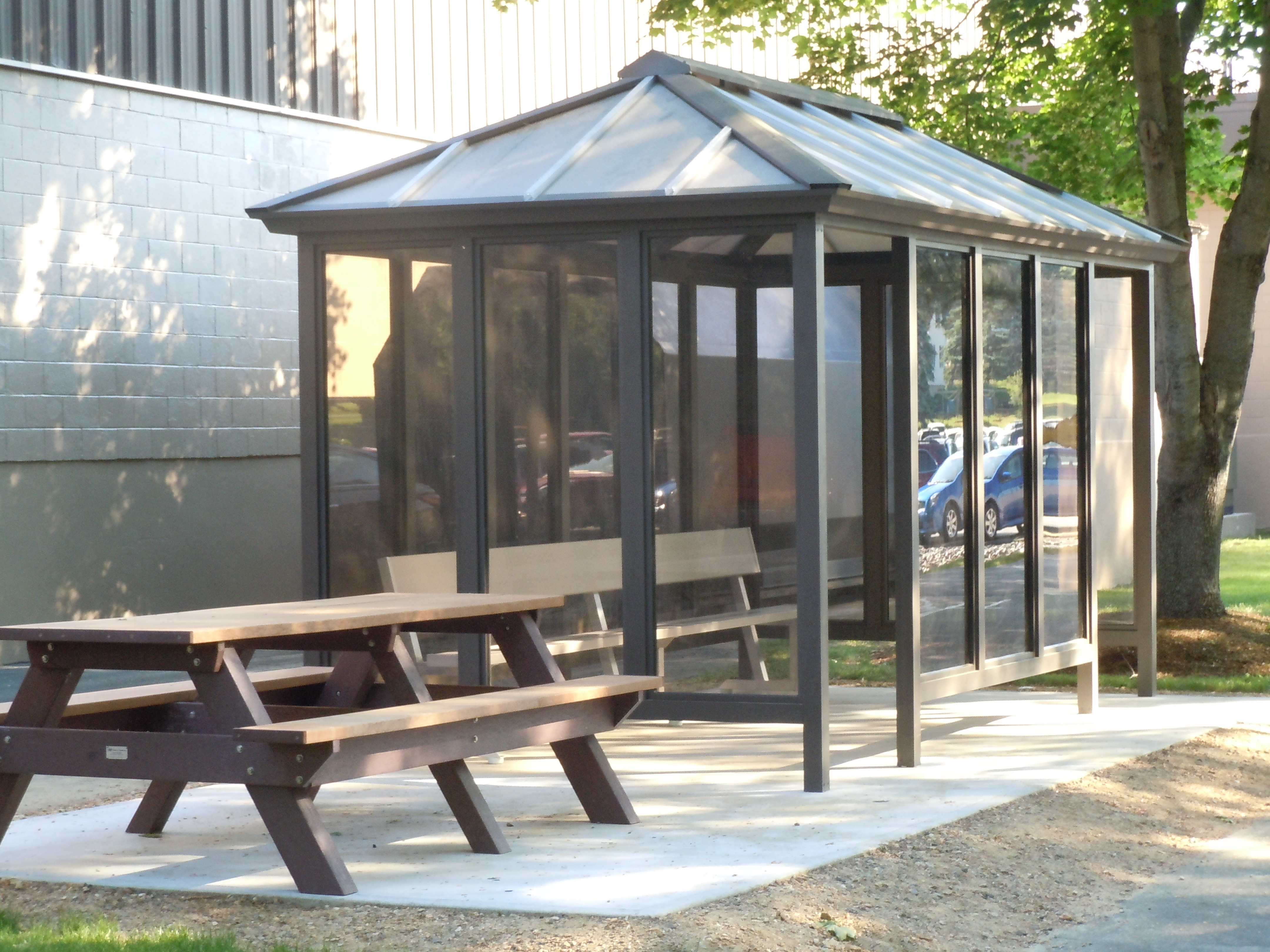 Glass Smoking Shelter : Shelters enclosures inofab